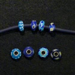 Perles en verre assorties couleur bleue